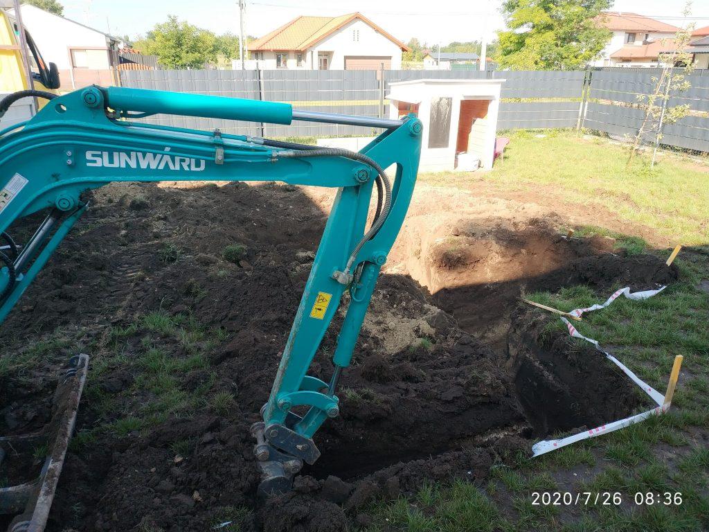 Gépi földmunka Székesfehérvár medence ásás
